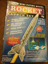 ESTES MINI FLYING MODEL ROCKET WICKED STREAK LAUNCH SET #1484 COMPLETE! SEALED!!