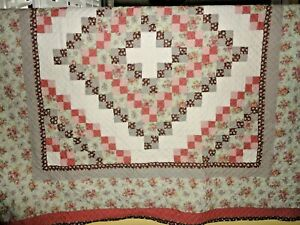 J.C. Penney BROWN TERRACOTTA FLORAL PATCHWORK ROSES KING/CALIFORNIA KING QUILT