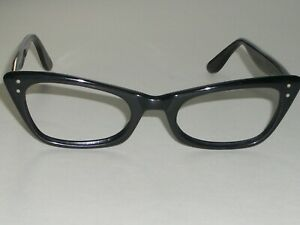WOMEN 48-20 VINTAGE BAUSCH & LOMB THICK  BLACK EBONY CATS EYE EYEGLASSES FRAME