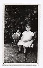 PHOTO ANCIENNE Jouet Jeu Toy Enfant Petit Fille 1947 Doll Poussette Landau Main