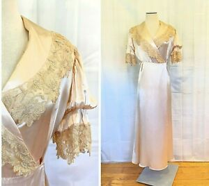 Antique Victorian Robe Silk Charmeuse Tambour Lace 39 Bust Pink Beige Dress