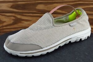 Skechers Women Size 8 M Beige Walking Fabric 13755