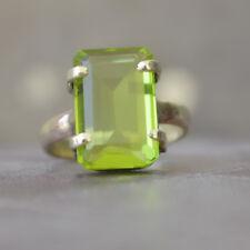 Rich Green Peridot Quartz Sterling Silver Yellow Gold Prong Set Gift Ring Size 7