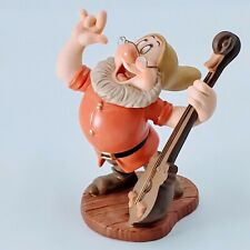 "WDCC WALT DISNEY - SNOW WHITE & THE SEVEN DWARFS - ""CHEERFUL LEADER"""