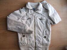 Bershka chaqueta beis.Talla 38.Poco uso.Chulíiisima.