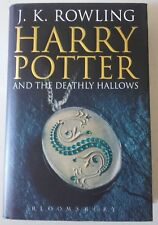 Harry Potter and the deathly hallows (i doni delle morte - in lingua inglese)