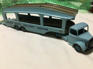 Dinky Toy #582 Delivery Service Truck