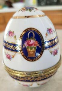 Burton & Burton Hinged Trinket Box Egg Shaped Made Bogart Ga. Flowers