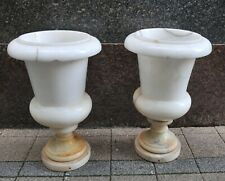 Pair of alabaster flowerpots, early 19th century, blumenbehälter frühes 19 Jh.