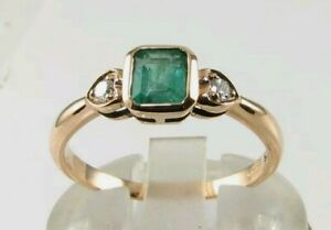 Wow! 9ct Gold ring Emerald and Diamond Ring Yellow Gold Emerald Ring