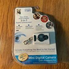 Innovage Mini Digital Keychain Camera with Accessory Kit White