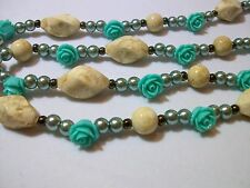 GREEN AND BEIGE ROSES FLOWERS FLORAL BEADS NECKLACE