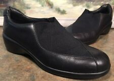 544a9823aa8f Aravon Woman s Size 7.5 AA Loafer Black Leather Wedge