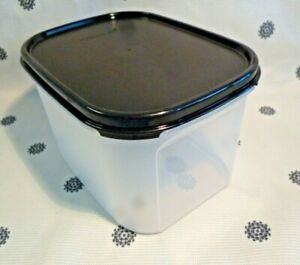 New Tupperware Modular Mates Mini Rectangle # 2 Storage Container Black Seal