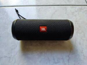 jbl flip 3 altoparlante speaker bluetooth stealth edition