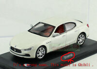 1:43 Maserati Ghibli White Car Model Diecast (The base is wrong name)