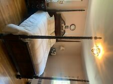 Thomasville bedroom set canopy bed set which can also be a poster bed.