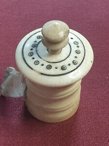 Regency English carved Tape Measure Madras Ware C1820 Lacquer Work Dot & Circle