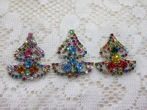 BEAUTIFUL VINTAGE CZECH RHINESTONE 3 PIECES CHRISTMAS TREES  BROOCHES NICE GLASS