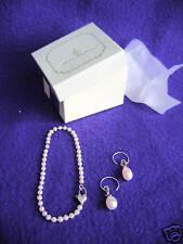 ERICA COURTNEY - Earrings and bracelet - Beautiful!