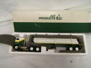 Conrad Air Products Tractor Trailer Flatbed w/ Tank Load MIB 1:50 W. Germany