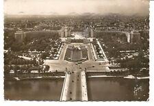 Postcard Paris EN FLANANT Le Palais de Chaillot France 1951 Marianne de Gandon