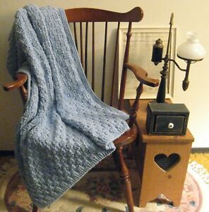 "VINTAGE HANDMADE BLUE KNIT OR CROCHET AFGHAN THROW BLANKET SIZE 50""  X  45"""
