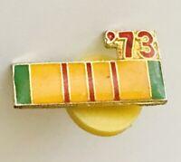 1973  Vietnam Service Medal Army Ribbon Pin Badge US Military Vintage (A5)