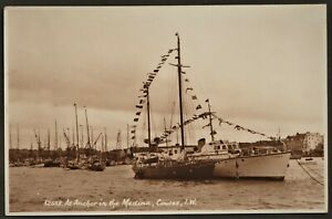 ISLE OF WIGHT postcard At Anchor in the Medina