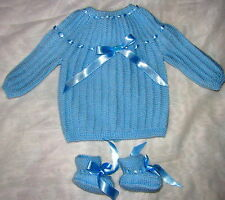 cadeau naissance brassiere bébé bleue faite main + chaussons qualité unique