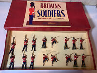 Britains Soldiers Regiments Of All Nations - Queen's Royal Regiment - No. 2086