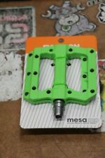 Fyxation Mesa MP Composite Platform Mountain Bike Pedals Green Sealed Bearing