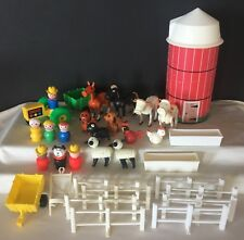 33 pc vintage Fisher Price Little People Farm #915 animals Fence tractors horses