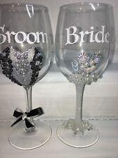 TWO WINE GLASS HAND DECORATED BRIDE AND GROOM, WEDDING, Gift