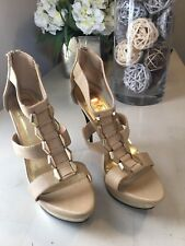 Red Circle Women's Beige Gold Platform Shoes Size 7.5 NEW