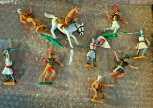 TIMPO TOYS ROMANS CRUSADERS FOREIGN LEGION USED PLASTIC TOY SOLDIERS 9 X LOT