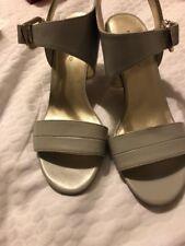 Bandalino  Gray heels 7.5 New