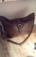 Ladies Vintage Coach Brown Leather Bag...