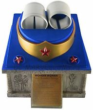 DC Comics WONDER WOMAN TIARA, BRACELETS & EARRINGS PROP SET REPLICA Statue Bust