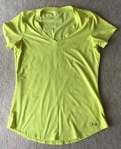Women's UA Tech™ Short Sleeve V-Neck, size S