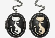 Animals Insects Resin Oval Costume Necklaces & Pendants