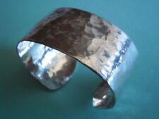 massive Silber Armspange gehämmert