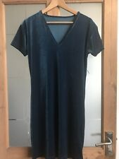 "Teal Velour V Neck Short Sleeve Knee Length Dress Bust 40"" Length 37"""