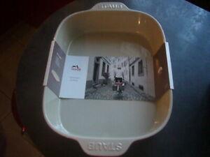 Grand plat à gratin céramique STAUB, dimensions 34 x 26 cm, neuf avec emballage
