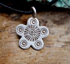 2 cm Massiv Silber Anhänger Blume Muster verspielt Handarbeit Kettenanhänger