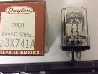 DAYTON 1EGZ8 Plug In Relay,11 Pins,Octal,24VAC
