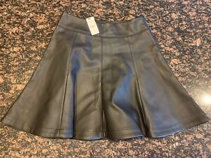 NWT Express Faux Leather Circle Skirt Sz 4 Black Mini Adorable