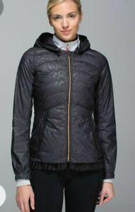 Lululemon Spring Fling Jacket  Size Camo Black Puffy Windbreaker zip fly missing