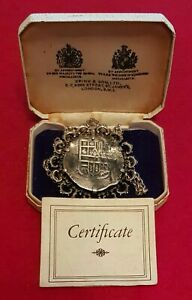 LUCAYAN BEACH PIRATE TREASURE OF 1628 MEXICO 8 REALES ON SILVER CHAIN COA & CASE