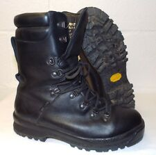 ECW BLACK LEATHER EXTREME COLD WET WEATHER GORE-TEX BOOTS - 9 M , British Army